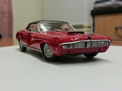 Universal Hobbies 1/43 MERCURY COUGAR ON HER MAJESTY'S SECRET SERVICE  • 3.50£