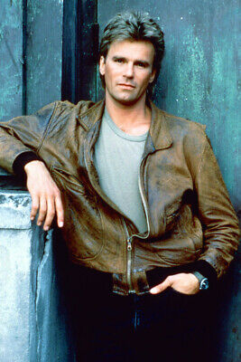 $23.99 • Buy Richard Dean Anderson Macgyver 18x24 Poster In Brown Leather Jacket
