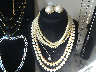 $ CDN20.05 • Buy Vintage Estate Jewelry Lot, 1 Lb. Signed Pieces