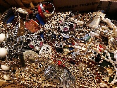 $ CDN19.74 • Buy #7 Vintage To Now Estate Find Jewelry Lot Junk Drawer Unsearched Untested Wear