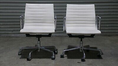 AU1380 • Buy 2x Genuine Eames Aluminium Group Management Chair Herman Miller White Leather Wh