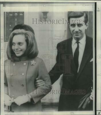 $ CDN37.51 • Buy 1966 Press Photo Lita & Georges Livanos Leave French Town Hall After Wedding