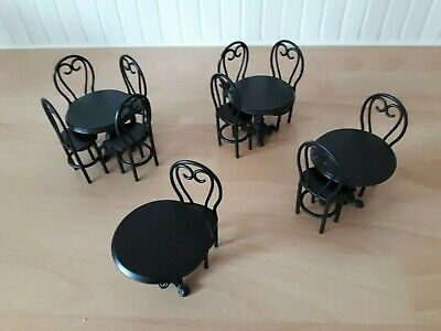 DOLLS HOUSE CAFE/BISTRO DINING TABLES & CHAIRS SET. EXCELLENT CONDITION. 1.12th. • 4.99£