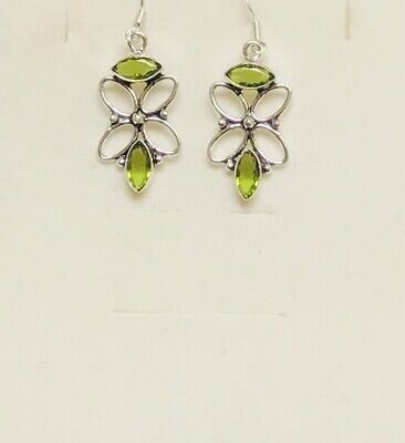 Stunning Peridot Silver Drop Earrings • 7.49£