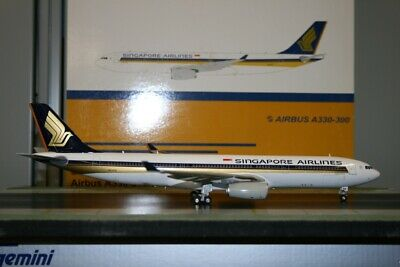 AU498 • Buy JC Wings 1:200 Singapore Airlines Airbus A330-300 9V-STE (XX2848) Model Plane