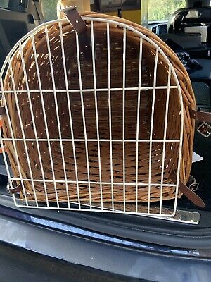 Vintage Wicker Cat / Small Pet Carrier Basket • 10£