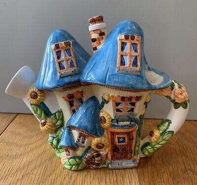"""Tea Pot """"The Village Collection"""" Daisy Cottage Mushroom House Watering Can RARE • 12£"""