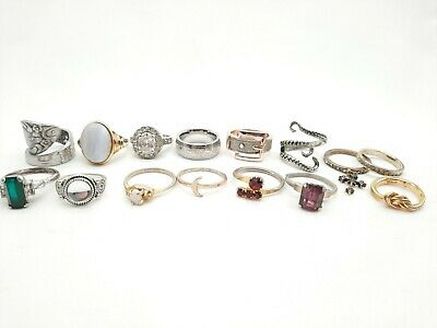 $ CDN13.75 • Buy Lot Of Vintage Costume Rings Mixed Styles And Sizes