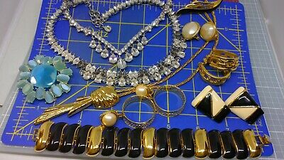 $ CDN13.08 • Buy Excellent Vintage Signed Monet Jewelry Lot-10 Pieces Signed!!!!