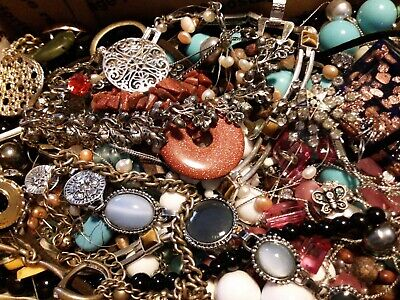 $ CDN22.87 • Buy #27 Vintage To Now Estate Find Jewelry Lot Junk Drawer Unsearched Untested Wear