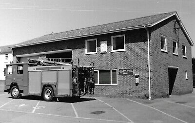 B & W PPC Hungerford Fire Station Berkshire • 3.50£
