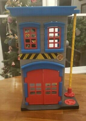 EUC Fisher Price Imaginext Rescue Heroes Firehouse Fire Station Ladder Fire Pole • 25.32£