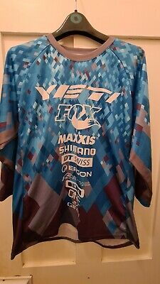 YETI WC Replica Jersey Turquoise Pixel, LARGE With 3/4 Sleeve  MTB Enduro  • 25£