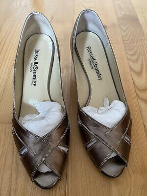 Russell & Bromley Light Bronze Ladies Shoes Size 6 (39) • 14£