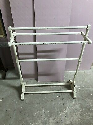 Free Standing White Wooden Painted Towel Rail Stand, Painted. • 5£