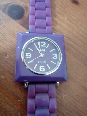 ANAII PURPLE WATCH IN GOOD+ Condition It As A New Battery As Well See Photos • 1.95£