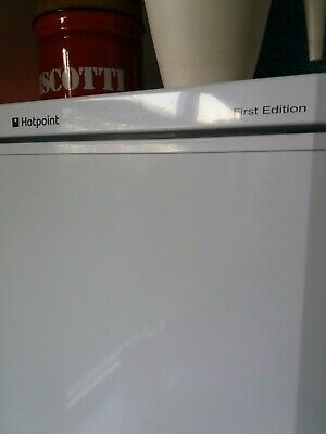 Hotpoint Fridge Freezer - First Edition • 25£