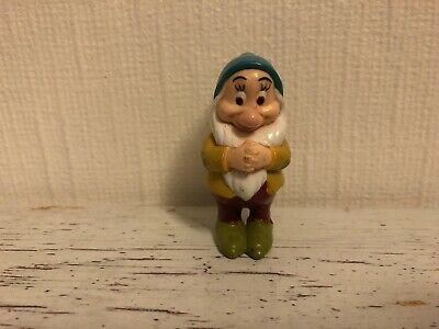 "Disneys Snow White And The Seven Dwarfs ~ Bashful ~ Mini Figure 2"" • 4.95£"