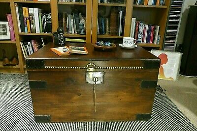 Old PINE CHEST Wooden TRUNK, Coffee TABLE, Toy Storage Blanket Box • 29£
