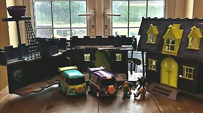 Scooby Doo Haunted Mansion & Castle Play Set~ With 2 Vehicles & 4 Figures~used • 35.99£