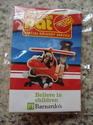 Postman Pat & Jess In A Helicopter -lapel Pin Badge • 2£