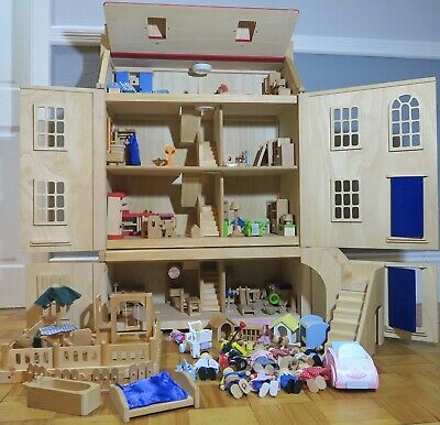 Pintoy Malborough Wooded 4 Story Dolls House With Furniture, Figures And Extras • 50£