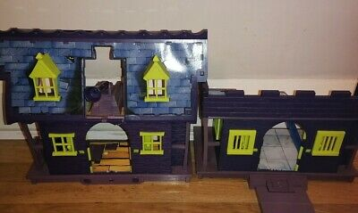 Scooby Doo Haunted Mansion & Castle Play Set (No Figures Included Not Complete)  • 9.99£