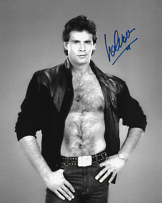 Lorenzo Lamas Original Autographed 8X10 Photo #5 - Falcon Crest, Renegade • 31.33£