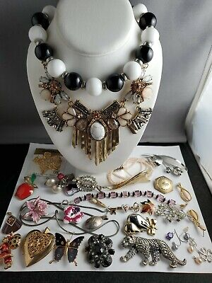 $ CDN87.04 • Buy Vintage Lot Of Jewelry Some Signed All Wearable Includes Silver Pearls Crystal