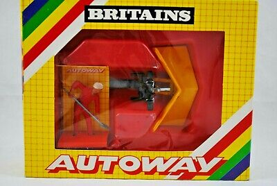 £49.99 • Buy 1:32 Britains AUTOWAY 9839 Front Mounted SNOW PLOUGH For TRACTORS W/ WORKER MIB