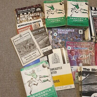 Newcastle United Home & Away Programmes 300+ 1960s - 80s • 74.99£
