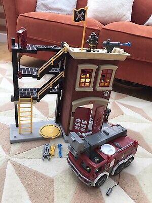 Fisher Price Fire Station & Fire Engine Imaginext Complete • 35£