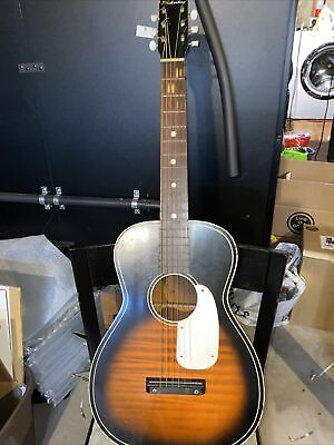 $ CDN215.21 • Buy Vintage Silvertone Model 319 12049 Acoustic Guitar, Sunburst With Case