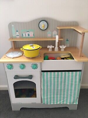 ELC Wooden Play Kitchen & Accessories- Immaculate • 40£