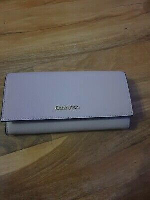 £25 • Buy Calvin Klein Purse Beige