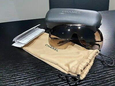 £75 • Buy Authentic Chanel Sunglasses In Case