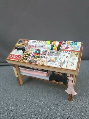 Dolls House Dressmakers Counter Dressed • 14.10£