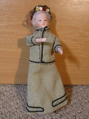 Dolls House Doll Figure, Victorian Well Dressed Lady • 1.20£