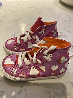 Girls High Top Converse Love Hearts Size 8 - Worn Once • 4.99£