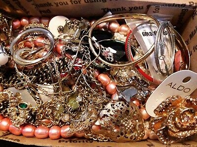$ CDN18.98 • Buy #3 Vintage To Now Estate Find Jewelry Lot Junk Drawer Unsearched Untested Wear