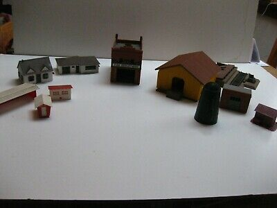 $ CDN12.63 • Buy Lot Of 10 HO Scale Train Buildings