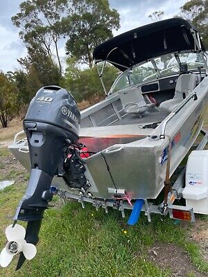 AU14000 • Buy Quintrex Estuary Angler Yamaha 40 Four Stroke Only 82hrs!