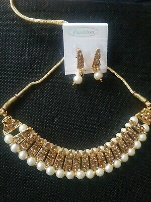 Indian Jewellery Set -Pearl And Antique Gold Colour  Diamond Stone Choker Set  • 3£