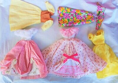 $ CDN38.14 • Buy Vintage Barbie Clothes Lot Outfits Dresses Doll Not Included