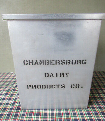 $69 • Buy Antique Milk Porch Box, CHAMBERSBURG DAIRY PRODUCTS CO, Vintage Clean, PA