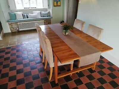 Extending Solid Wood Dining Room Table And 4 Upholstered Chairs • 195£