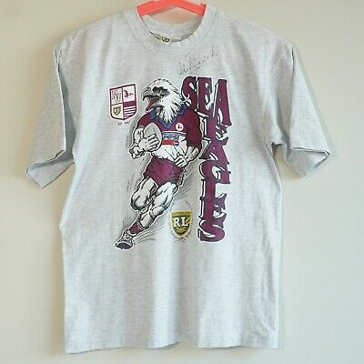 AU165 • Buy 90's Vintage Australian Rugby League Manly Sea Eagles T-Shirt Signed IAN ROBERTS