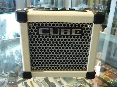 AU268.95 • Buy Roland Micro Cube Gx (m-cube Gx) Guitar Amplifier White - Au Stock !