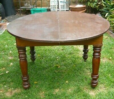 AU50 • Buy Victorian Cedar Extension Table Up To 2.36m (8ft) With Turned Screw-in Legs. VGC