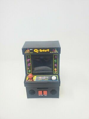 $ CDN12.69 • Buy Arcade Classics QBert Mini Electronic Handheld Video Game Classic